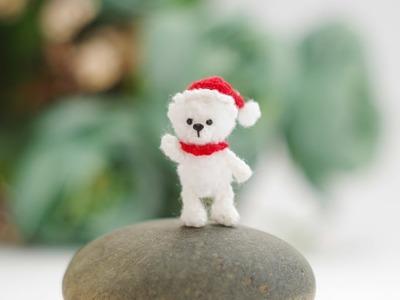 Christmas Bear - Tiny cute crochet bear - Micro Amigurumi Crochet