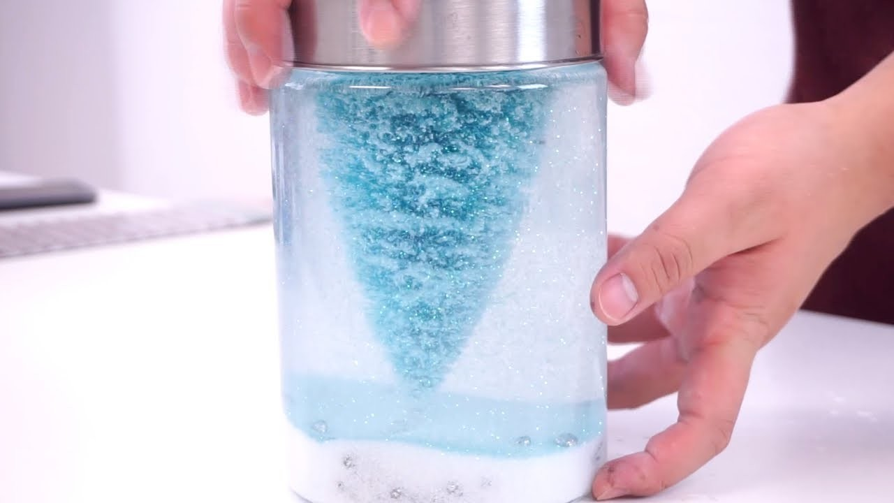 HOW TO MAKE A COOL SNOW GLOBE YOURSELF (DIY HACK UNDER $5)
