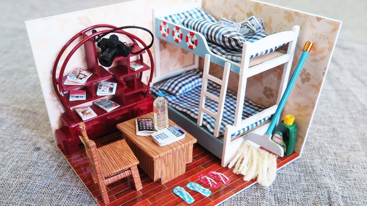 DIY Miniature Doll House Room ~ Bunk Bed ~ Bookcase ~ Table ~ Floor Cleaning -  Mini Crafts