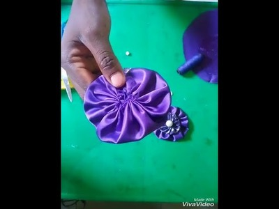 How to make Fabric Flowers - yoyo flowers.brooches