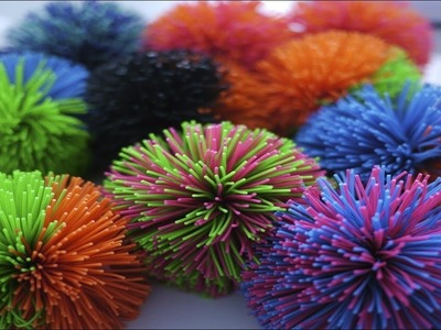 Pom pom flower tutorial. How to Make Fork Pom Poms. pom pom flowers diy