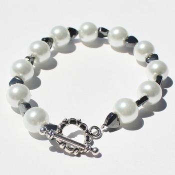 White Glass Pearl and Hematite Heart Bead Bracelet