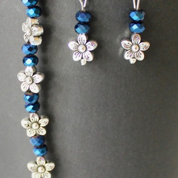 Blue Iridescent and Flower Bead Bracelet and Earrings Set