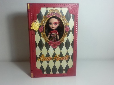 Review Ever After High Lizzie Hearts Spring Unsprung (Deprimavera) playset