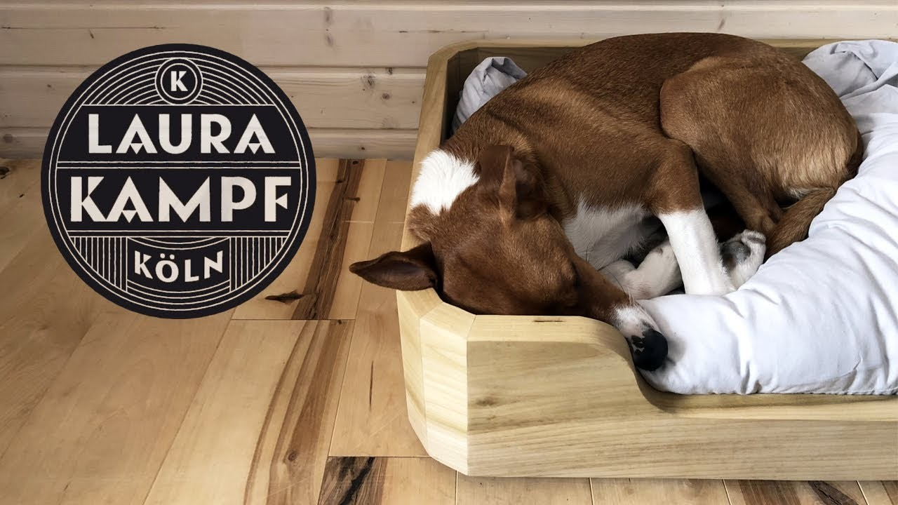 Smudo´s Wooden Dogbed with Round Corners