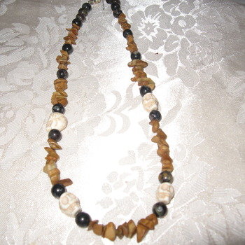 Brand New Bumblebeads Original Handmade Skull Gemstone Necklace