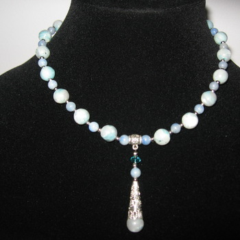 Brand New Bumblebeads Original Handmade Blue Agate Gemstone Necklace