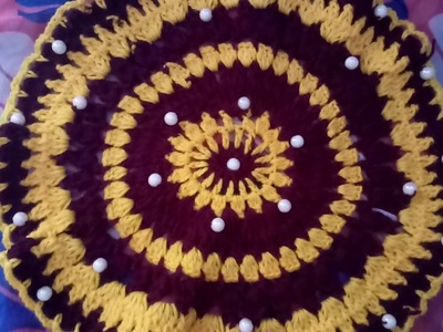 Crochet table mat.thalpose