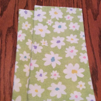 Cloth Dinner Napkins- Green and White Floral Design - Eco Friendly - Handmade