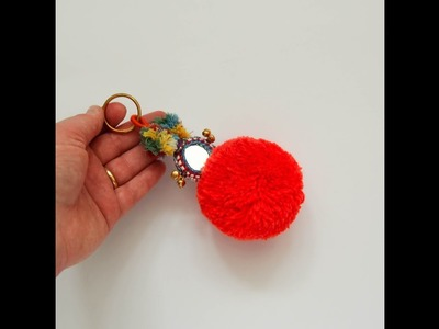 How to Make Mini Yarn Pom Poms Easy DIY.Easy to make