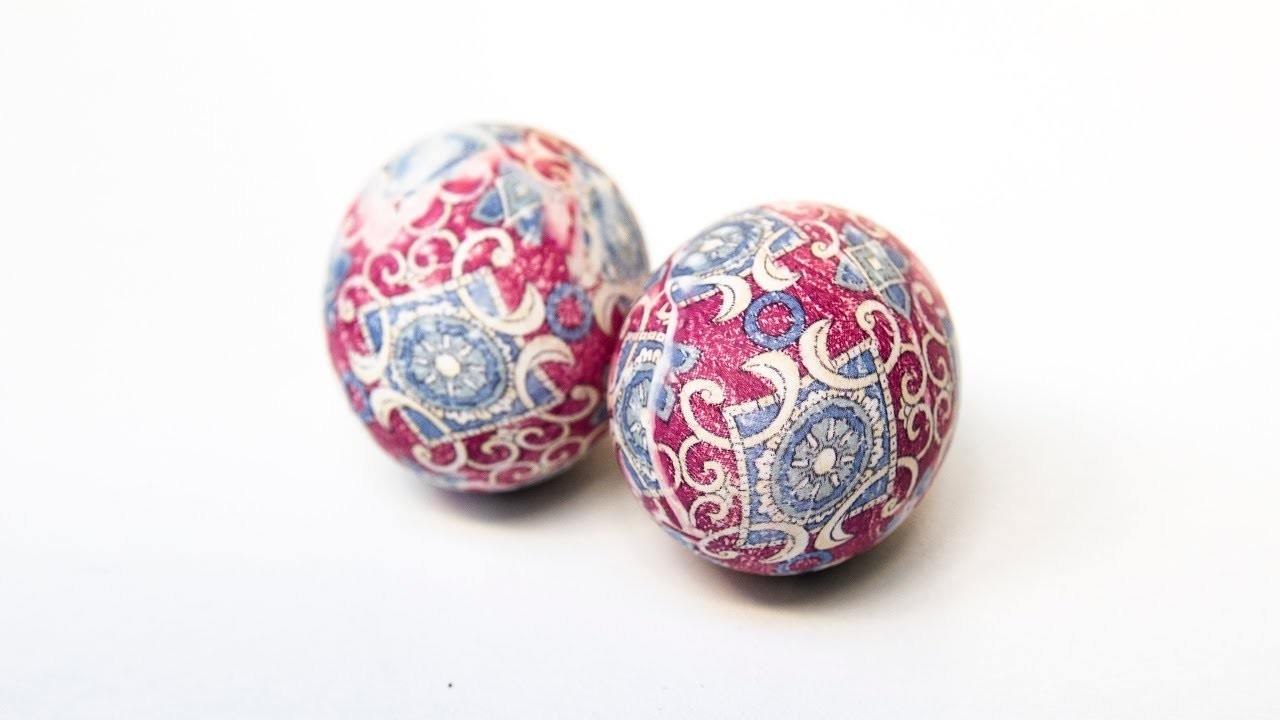 DIY - How to Dye Easter Eggs with Silk - Tie dye