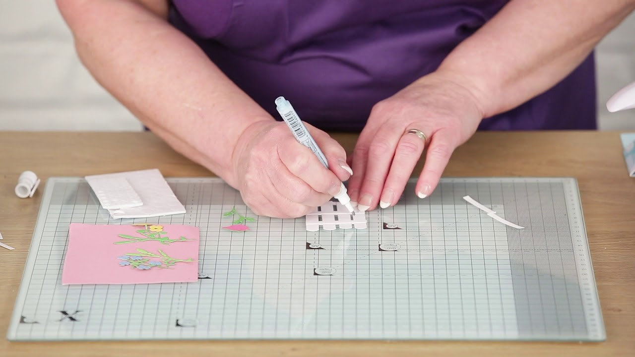 How to make a 3D picket fence card with Gill O'Donnell