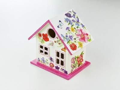 Decoupage wooden bird house - Decoupagey Tutorial - Gift Ideas  - DIY - Do It Yourself
