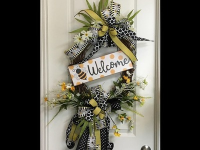 How to make an Oval Grapevine Bee Wreath with 2 big bows
